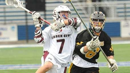 Garden City's #7 Cody George launches back before