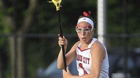 Garden City's Alexandra Bruno drives to the goal