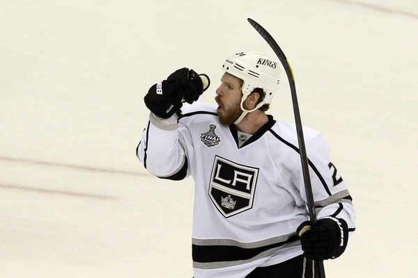 Colin Fraser #24 of the Los Angeles Kings