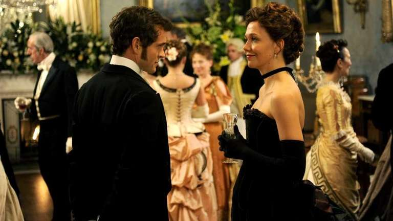 Hugh Dancy and Maggie Gyllenhaal in