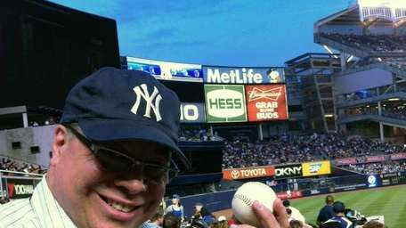 An A-bomb .?.?. from A-Rod! Alex Rodriguez homers