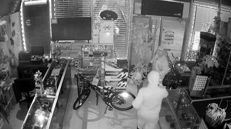 Two men broke into EZ Cash Pawn &
