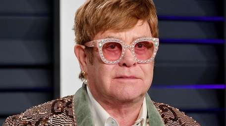 Elton John attends the 2019 Vanity Fair Oscar