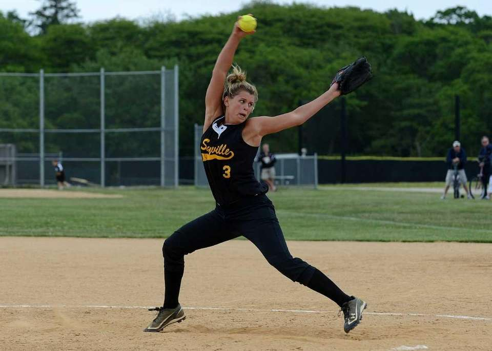 Sayville's Marissa Selts pitched a shutout during a