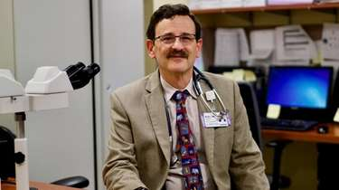 Dr. Lawrence Wolfe, a pediatric oncologist at Cohen's