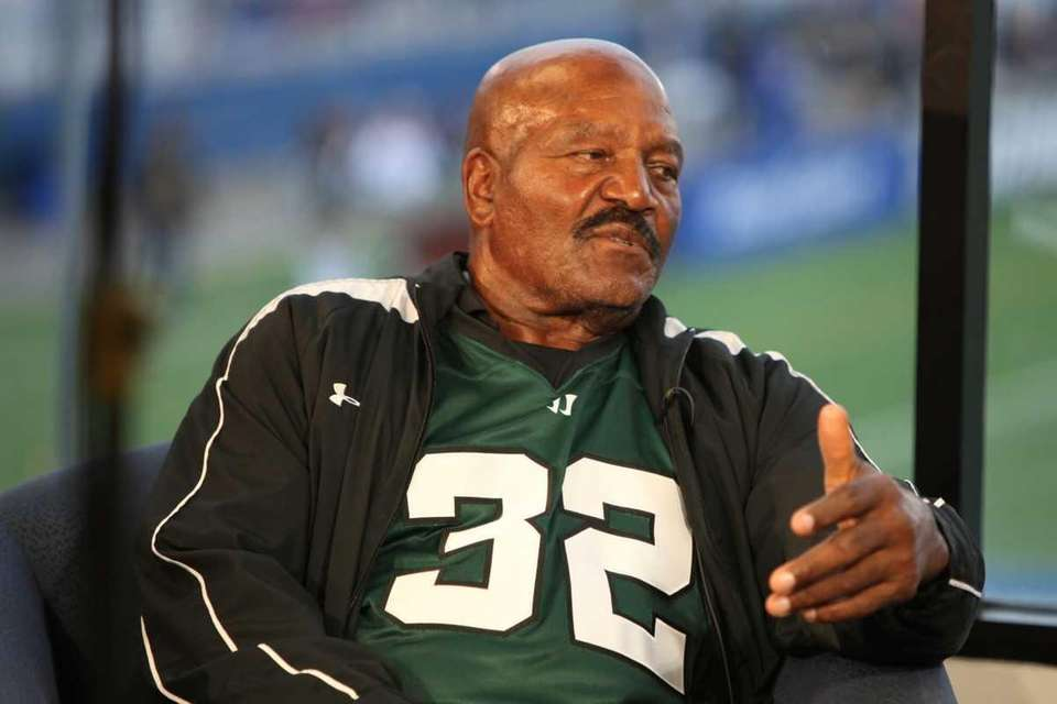 NFL Hall of Famer and native Long Islander