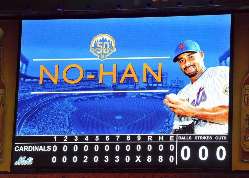 The scoreboard after Johan Santana pitched the Mets'