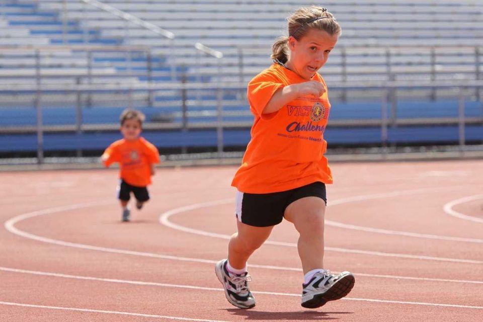 Loren Karabatzoglou, 13, of Islip, gets ahead in