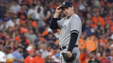 Yankees relief pitcher Adam Ottavino reacts in the