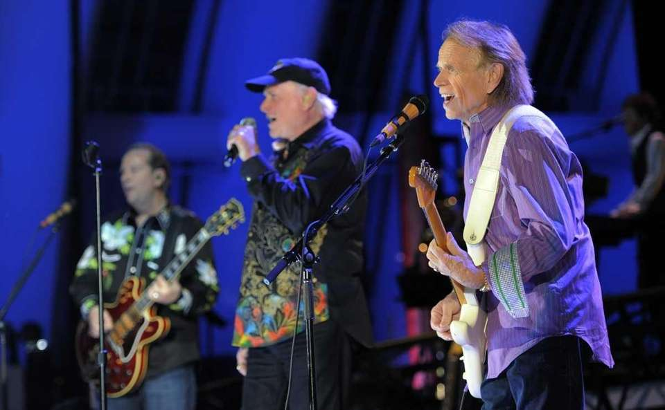 Al Jardine of The Beach Boys, right, performs
