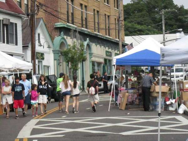The 17th Annual HarborFest Dock Day Craft Festival