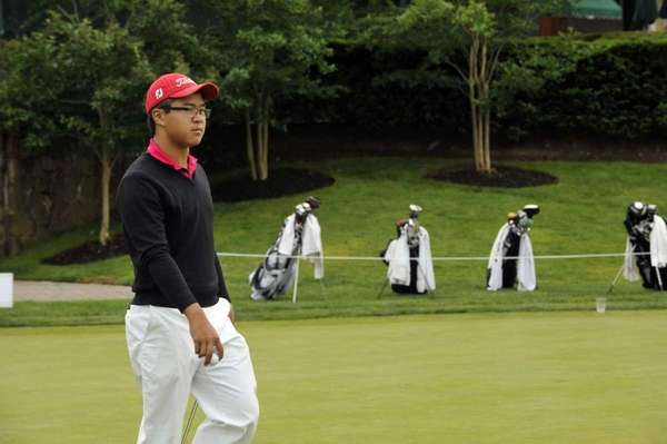 Smithtown's Jim Liu tees off at Canoe Brook
