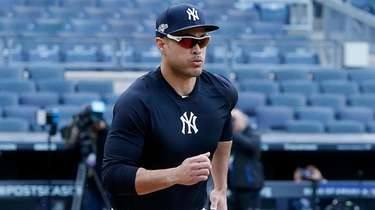 Giancarlo Stanton of the Yankees works out on