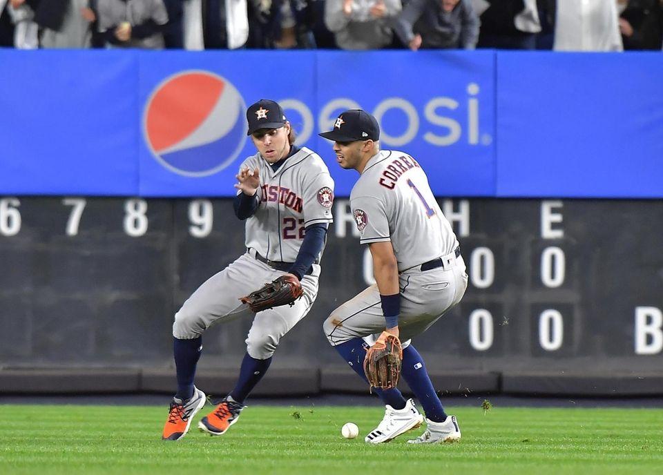 Houston Astros right fielder Josh Reddick (22) and