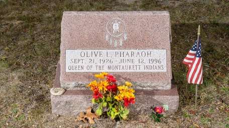 The headstone of the Montaukett Indian Queen Olive