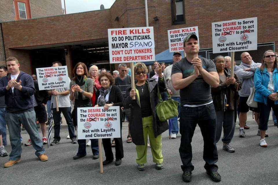 Yonkers firefighters rally against proposed budget cuts at