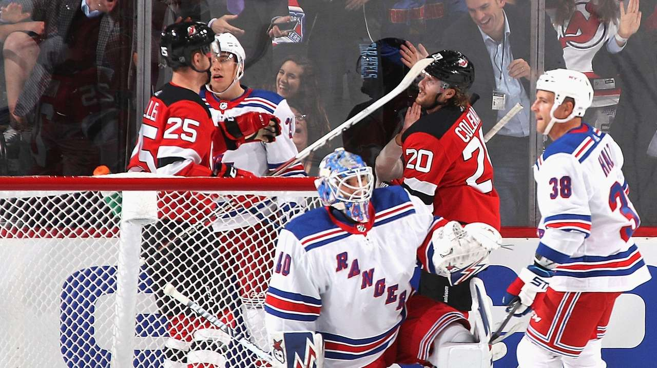 Rangers fall to Devils in first Kakko-Hughes meeting