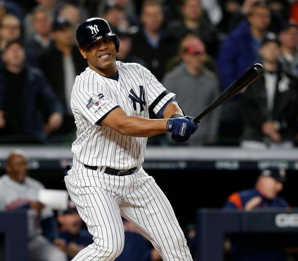 Edwin Encarnacion #30 of the New York Yankees