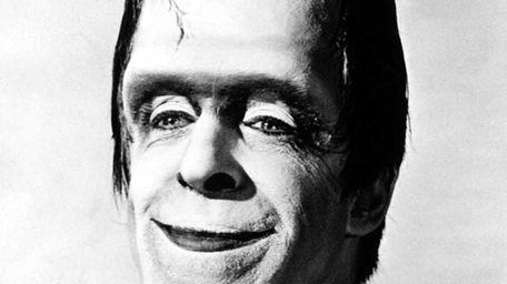American actor Fred Gwynne (1926 - 1993) as