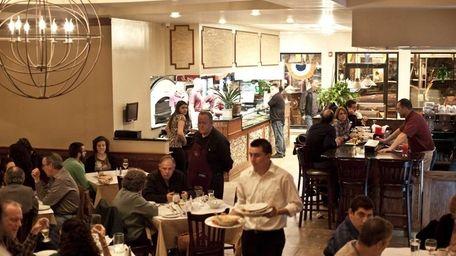 Porto Fino in Huntington serves traditional pizzeria fare