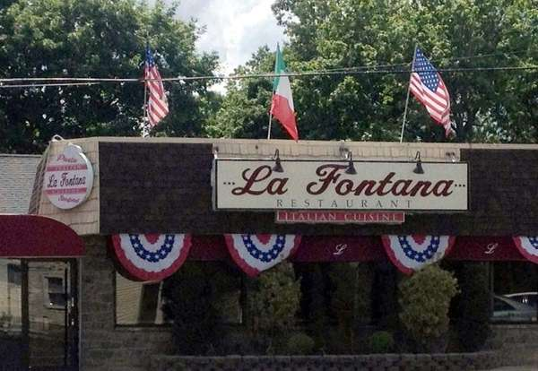 This is La Fontana in Melville (June, 2012).