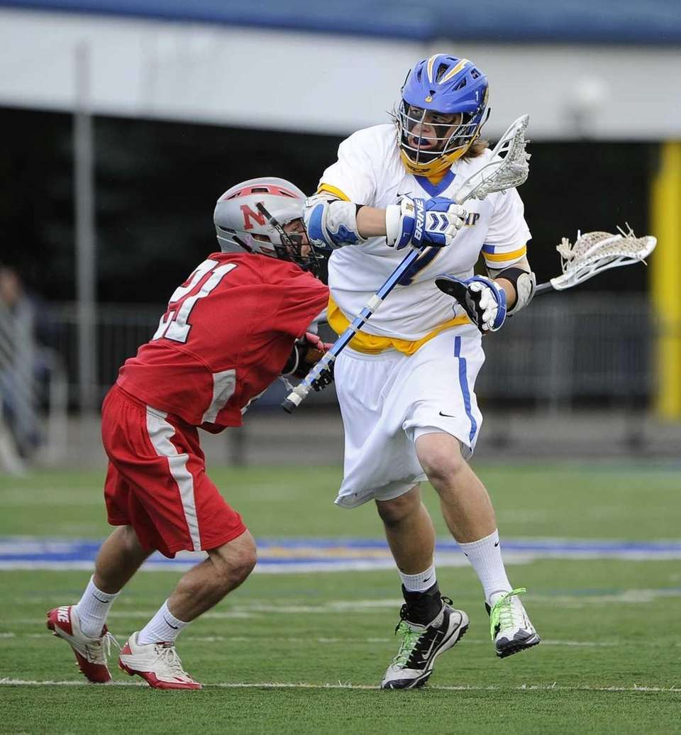 West Islip's Jon Reese gets past Niskayuna defender