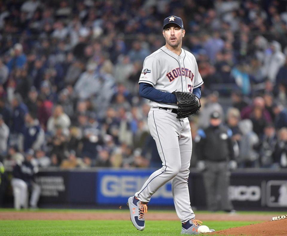 Houston Astros starting pitcher Justin Verlander (35) reacts