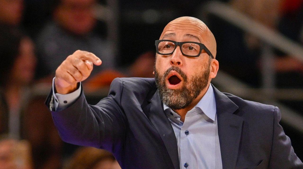 Knicks still experimenting in last preseason game