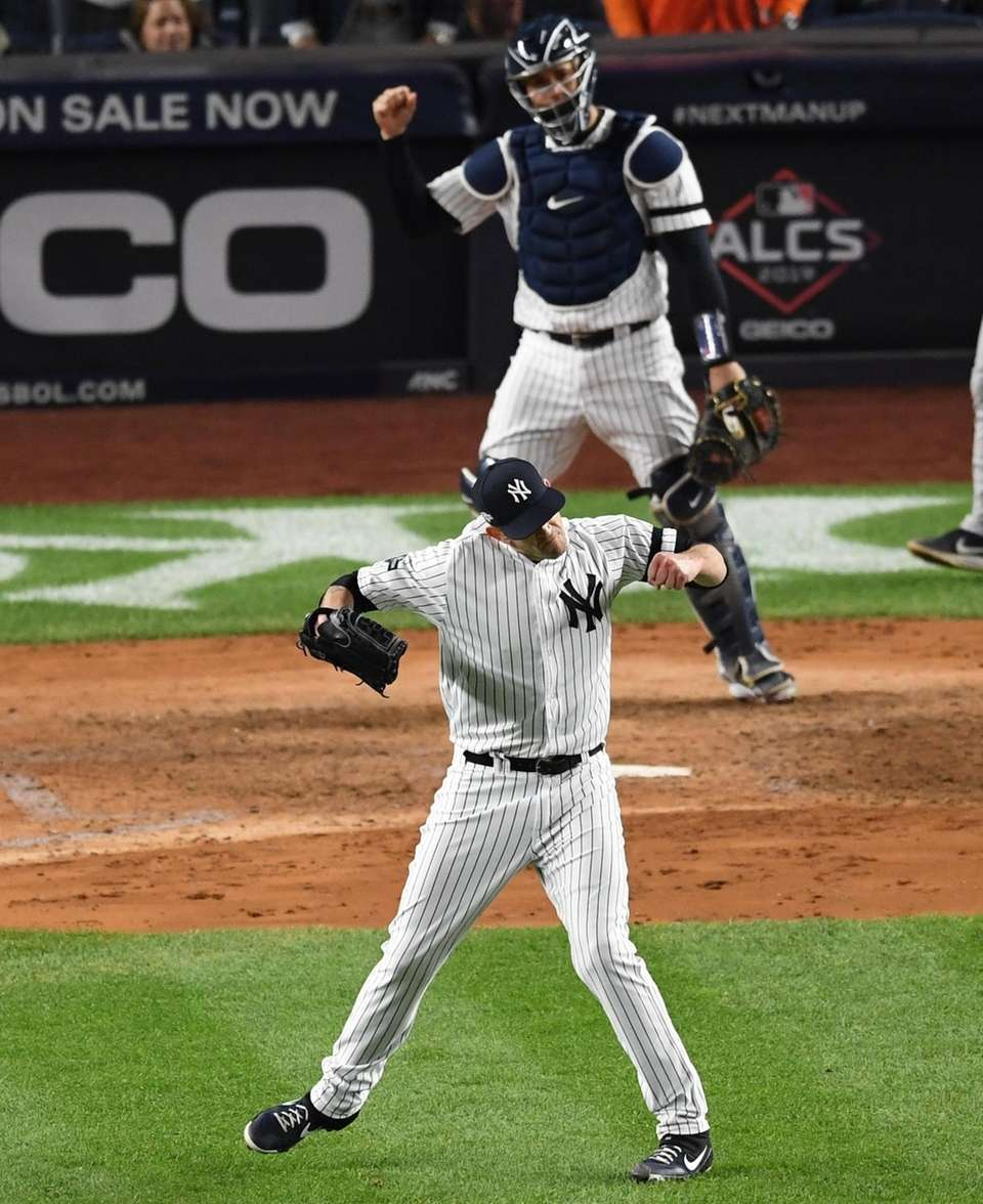 New York Yankees starting pitcher James Paxton and