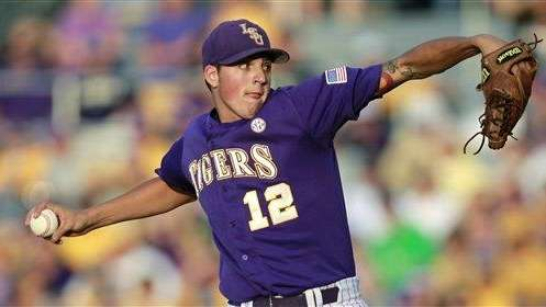 LSU pitcher Kevin Gausman pitches against Oregon State