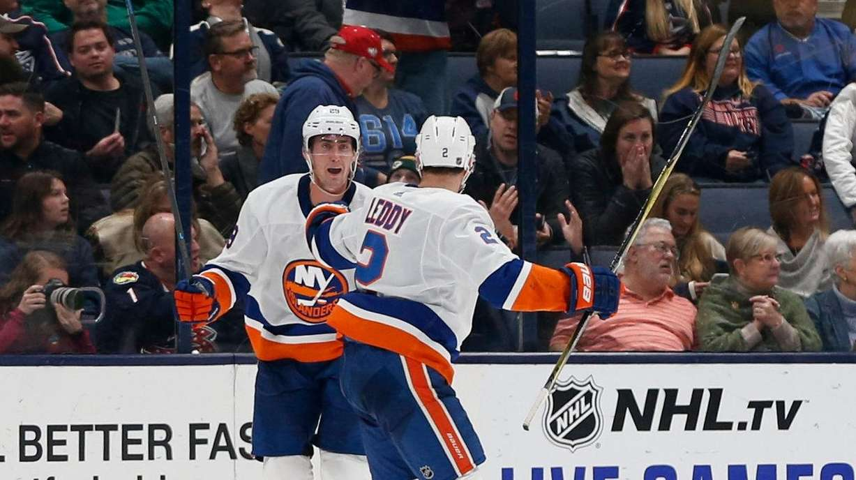 Nelson's OT goal lifts Isles over Blue Jackets