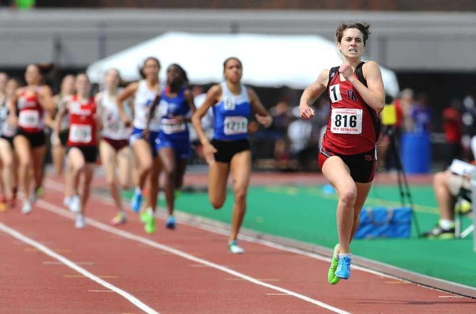 Friend's Academy's Kelsey Margey wins the girls 800
