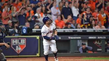 Jose Altuve's two-out, two-run homer off Aroldis Chapman