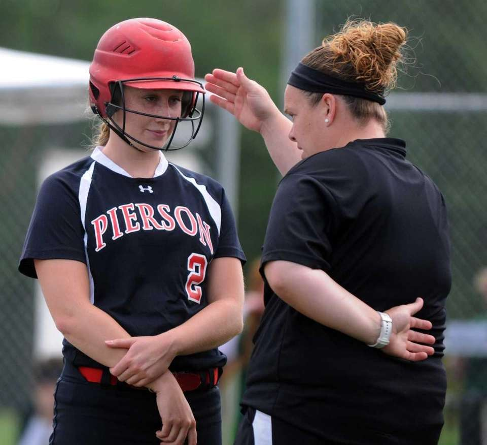 Pierson's Catherine Munsnicki (2) talks with Head Coach