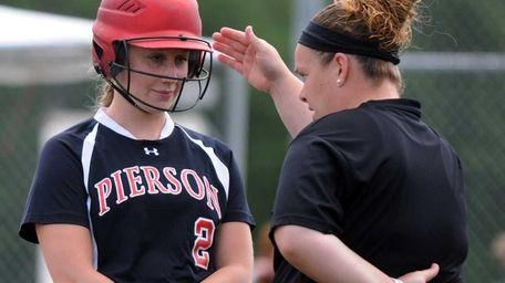 Pierson's Catherine Munsnicki (2) talks with Head Coach