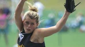 Sayville pitcher Merissa Selts throws against Cornwall in