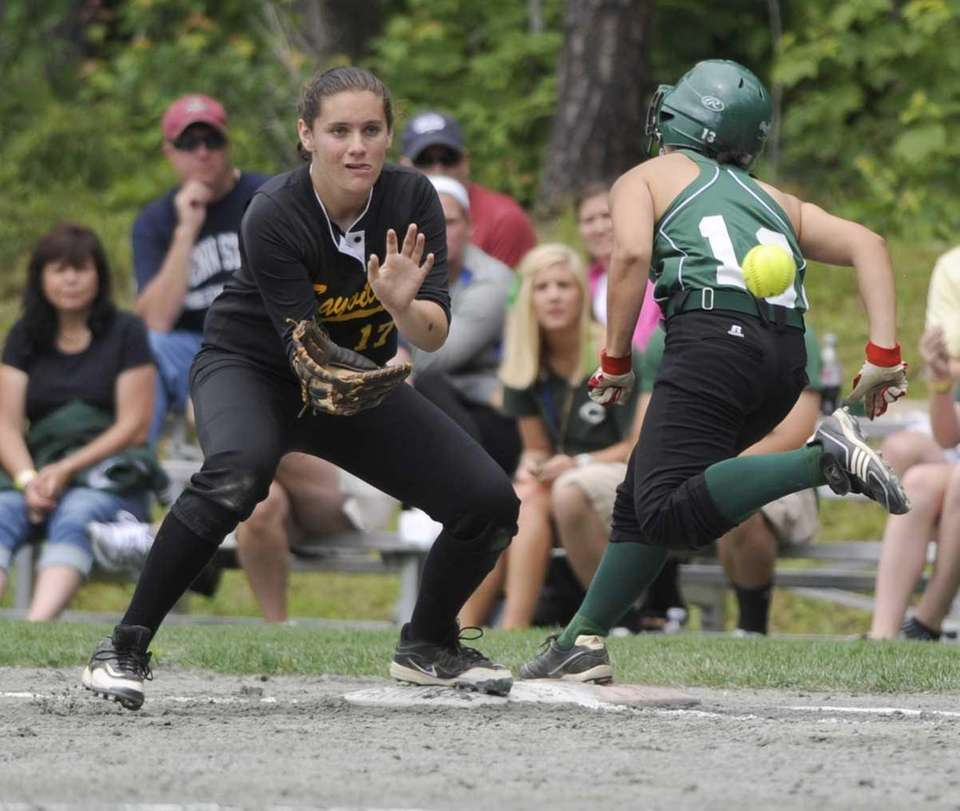 Cornwall's Kim Terrizzi, right, beats the throw to