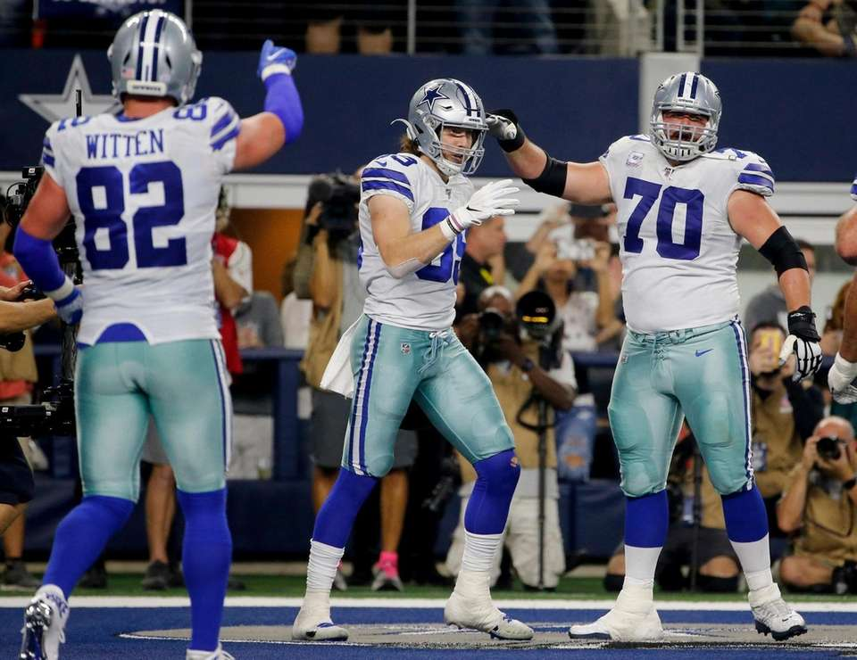 Dallas Cowboys tight end Jason Witten, Blake Jarwin,