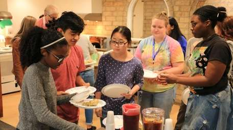 First-year students at Hofstra help themselves to a