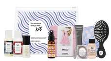 Perfect for the on-the-go girl, this kit includes