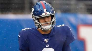 Daniel Jones of the New York Giants walks