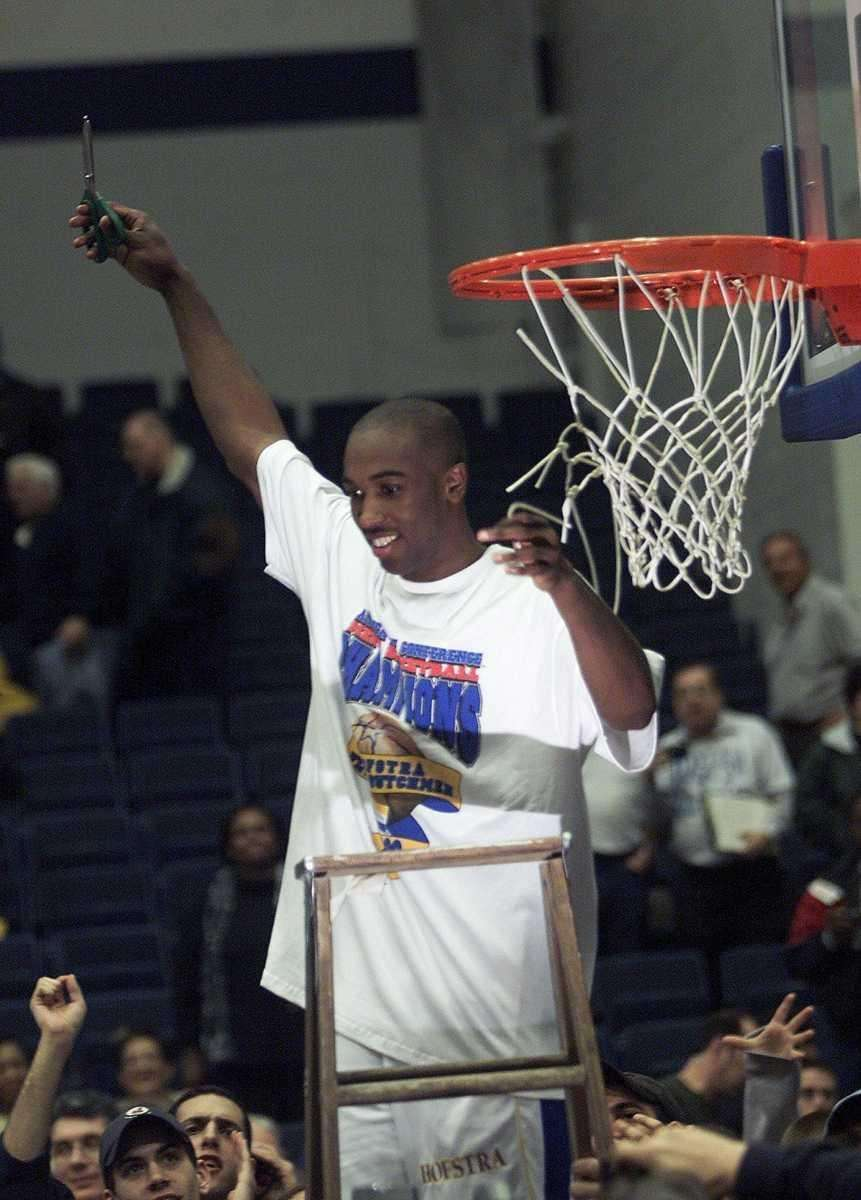 1. 1999-2000 Speedy Claxton leads Hofstra men's basketball