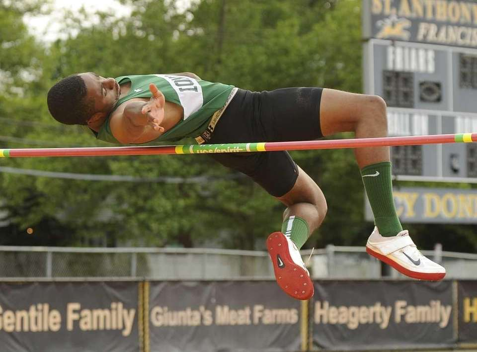 Mark Jackson (Longwood) competes in the high jump