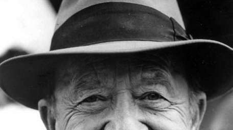 Actor Frank Cady, a character actor best known