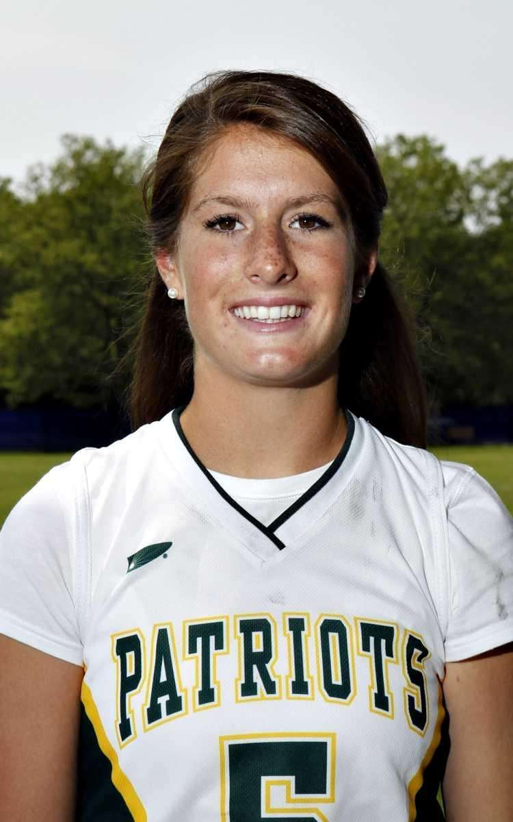 LIZZY RULLAN Ward Melville, defender, senior Rullan, the