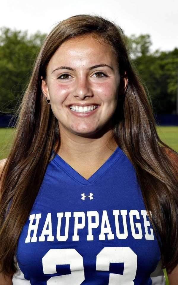 STEPHANIE PERAGALLO Hauppauge, defender, senior Peragallo had 58