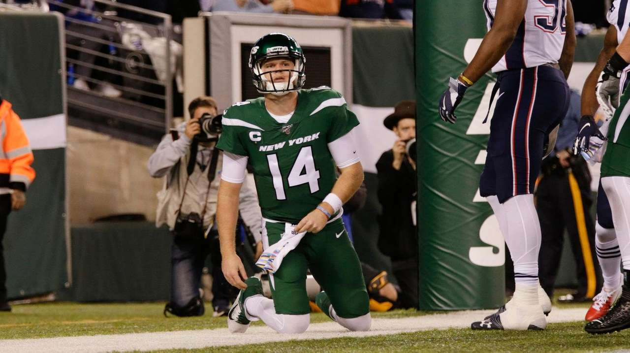Darnold, Jets embarrassed in loss to Patriots
