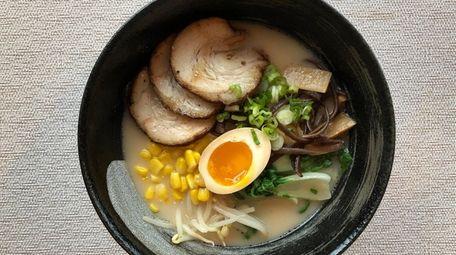 Miso Ramen & Hibachi in Mineola offers tonkotsu