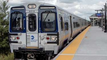 Rollout of the Long Island Rail Road's M9