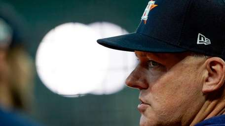 Houston Astros manager AJ Hinch was left before